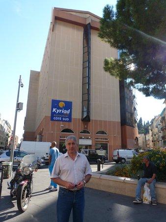 Hôtel Kyriad Nice Port : bien ubicado