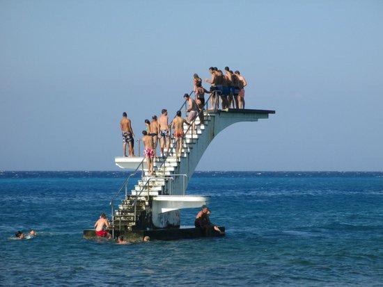 Elli Beach : Il tranpolino