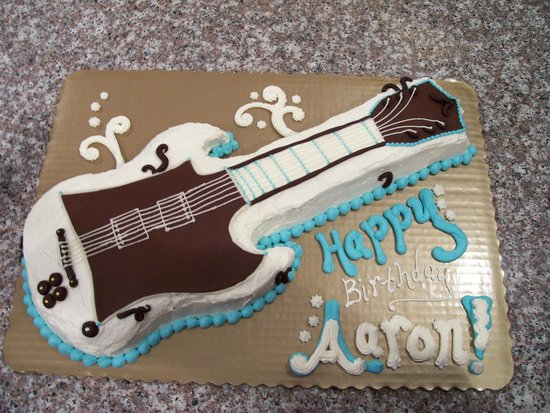 Stupendous Guitar Shaped Cake Picture Of Sweety Pies Skokie Tripadvisor Funny Birthday Cards Online Barepcheapnameinfo