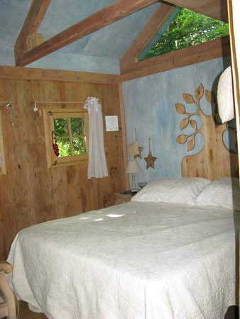 Interno camera foto di bed and breakfast il giardino dei - Il giardino dei semplici manta ...