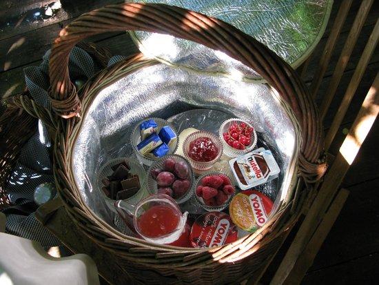 Cesto colazione foto di bed and breakfast il giardino - Il giardino dei semplici manta ...