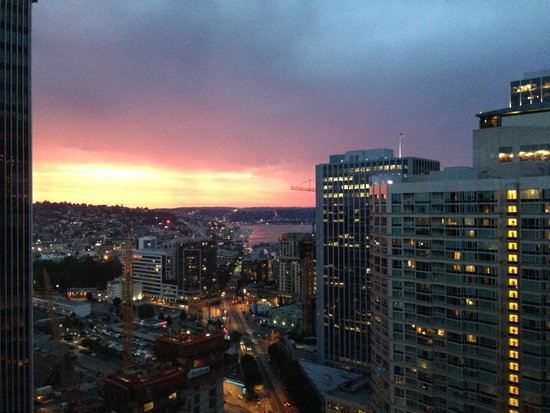 The Westin Seattle: A sunset view from our room!