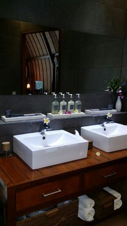 Klumpu Bali Resort : Bathroom