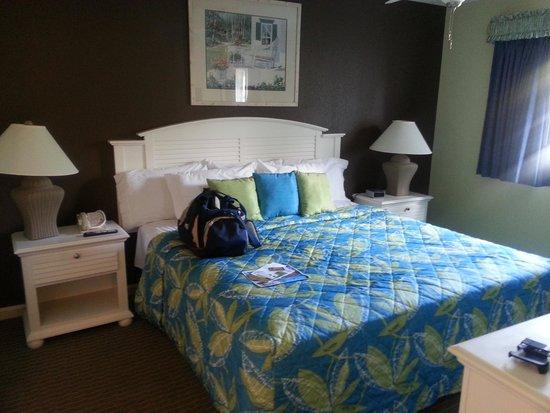 Plantation Resort: master bedroom