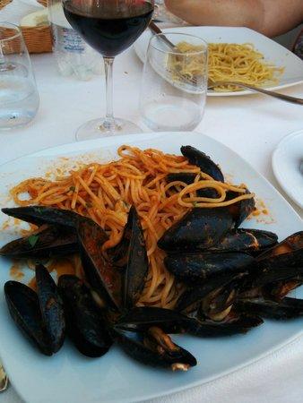 Syraka Sicilian Restaurant : Spaghettis avec des moules : excellentes !