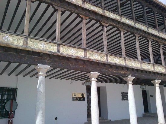 Plaza Mayor: particolare dei balconi che si affacciano sulla piazza
