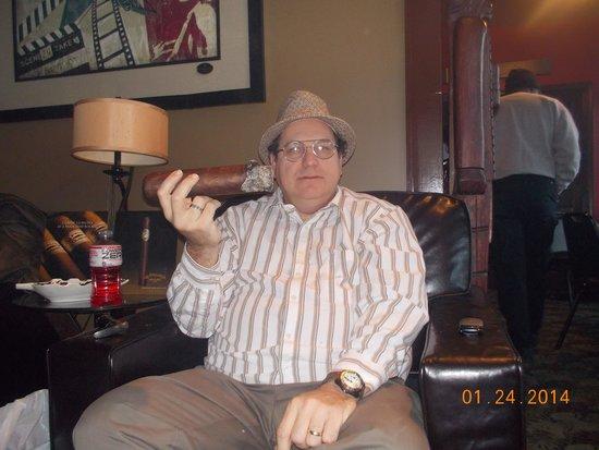 Riverside Cigar Shop and Lounge: Me smoking a Roma Craft Femur