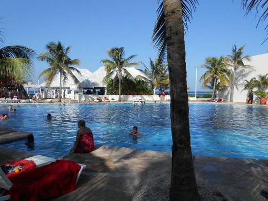 Grand Oasis Cancun: Beautiful Pool