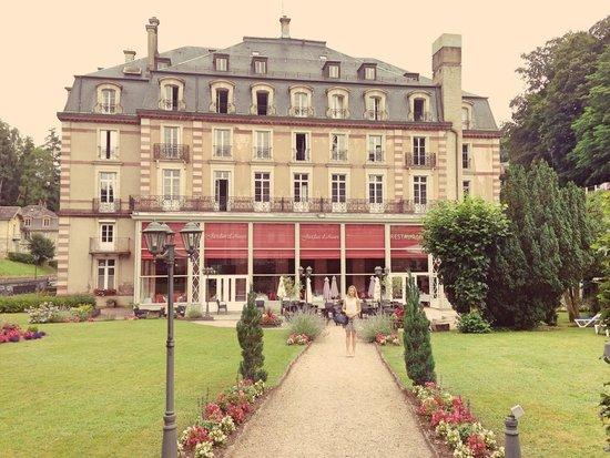 Grand Hotel Plombières Les Bains : La devanture