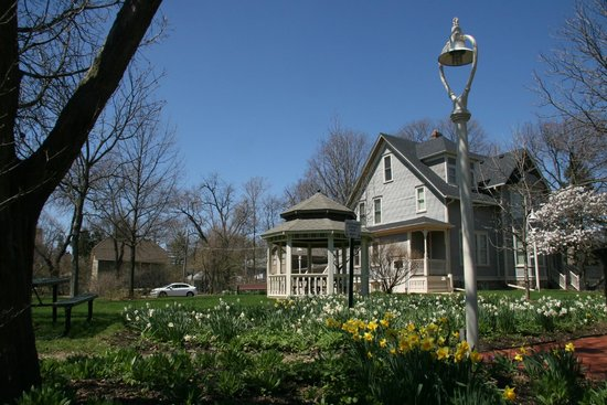 Downers Grove, IL: 1892 Blodgett house