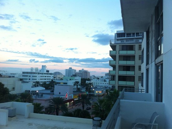 Loews Miami Beach Hotel: Vue de la Terrace suite (2/2)