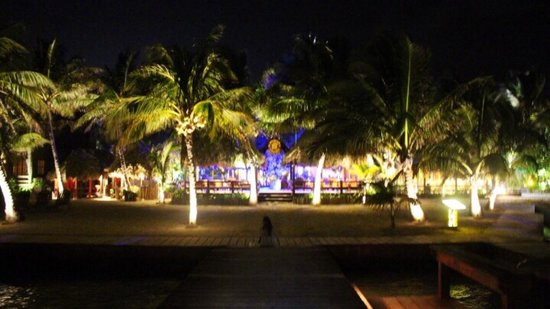 Ramon's Village Resort: Ramon's Village has a laid-back but energized ambiance that is very inviting.