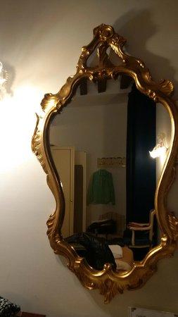 Locanda Casa Querini: Room decor
