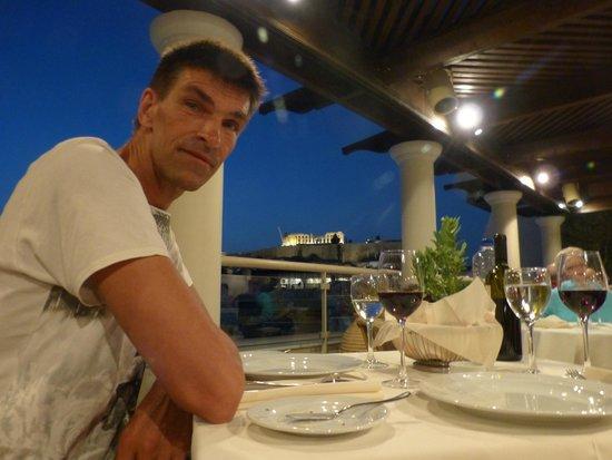 Hera Hotel : diner met uitzicht op de Acropolis
