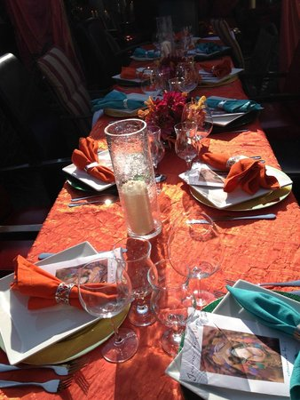 Kitchens of Distinction Culinary Arts Moroccan table setting & Moroccan table setting flower arrangement - Picture of Kitchens of ...