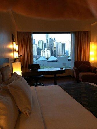 Impiana KLCC Hotel : 部屋からの眺め(昼)