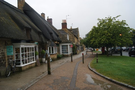 The Lygon Arms: Broadway Village