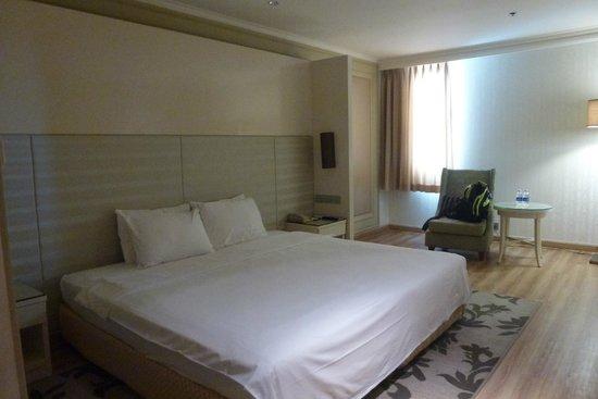 Windsor Plaza Hotel: Zimmer