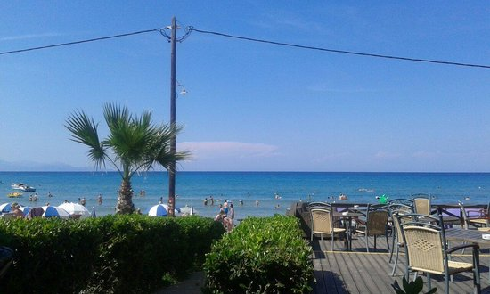 Zante Maris Hotel: Przy plazy