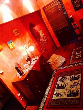 LA LUCQUES MASABELLE : Baignoire dans la chambre