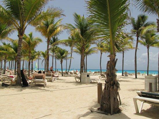 ClubHotel Riu Tequila : beach