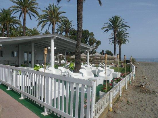Atalaya Park Hotel: Para tomar el sol o unas copas con vista al mar