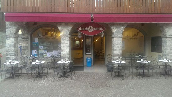 Via veneto Cafe Di Medaglia Daniele e C. snc