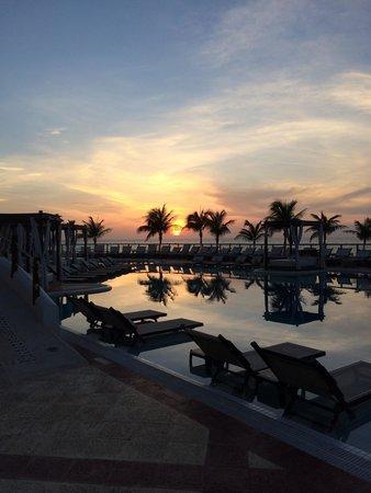Hyatt Zilara Cancun : Morning view from the pool