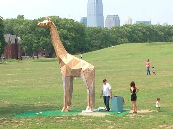 Governors Island National Monument : Giant Giraffe sculpture on the lawn.