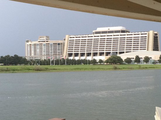 Bay Lake Tower at Disney's Contemporary Resort: BLT and Contemporary from ferry boat