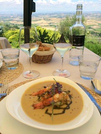 Ristorante Boccon DiVino: boccon di vino ceci with prawns