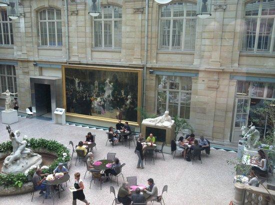 Musée des Beaux-Arts de Rouen : courtyard