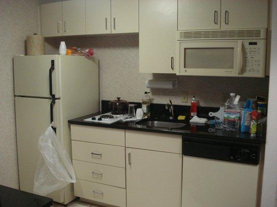 Quality Suites Lake Buena Vista: Cozinha