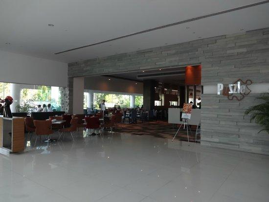 Pullman Kuching: Coffee shop