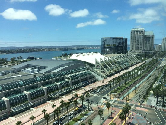 Omni San Diego Hotel: View from my 18th floor bedroom, overlooking the Convention Center
