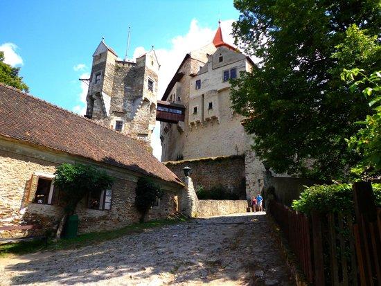 Pernstejn Castle: Castle Pernštejn
