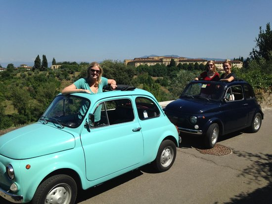 We Like Tuscany: stopped at a scenic overlook!