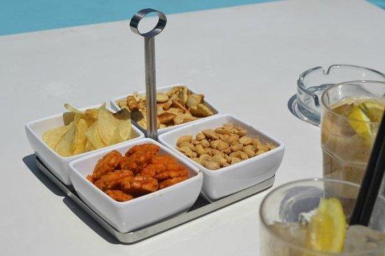 Radisson Blu es. Hotel, Roma: Snacks (free) with drinks