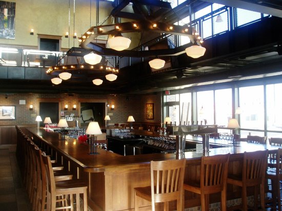 Upstream Brewing Company West Omaha Restaurant Reviews