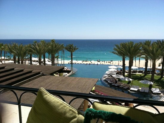 Hilton Los Cabos Beach & Golf Resort : view from the casual bar/terrace area
