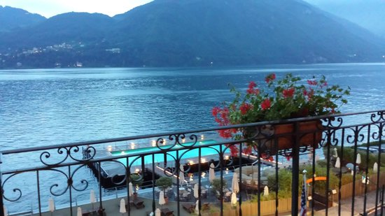 Grand Hotel Tremezzo: View from the Bar