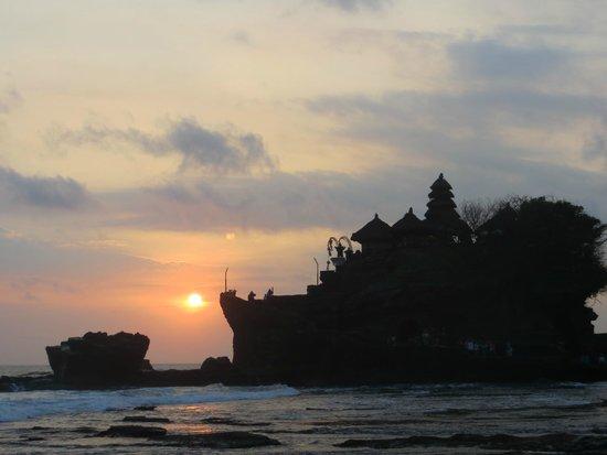 Tanah Lot Temple : Закат у храма