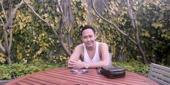Novotel Bandung: pool area