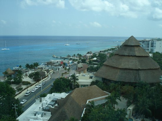 Grand Park Royal Cozumel: view from panoramic elevator