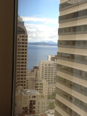 Sheraton Seattle Hotel: View from the window