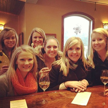 Linville Falls Winery: Ladies Day at the winery!