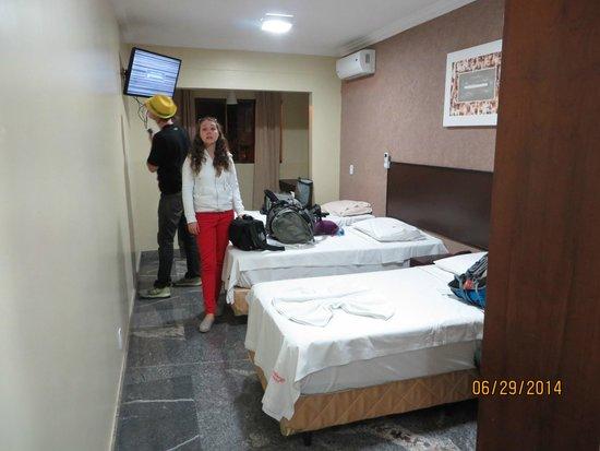 Candango Aero Hotel: beds in room