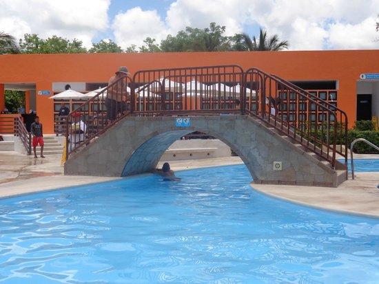 Playa Mia Grand Beach & Water Park: Piscina