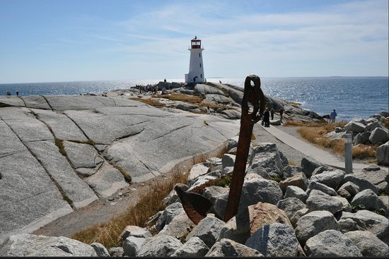 Peggy's Cove Lighthouse: Another great view with the anchor in the front.