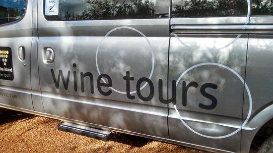 Waiheke Island Wine Tours: Tour van
